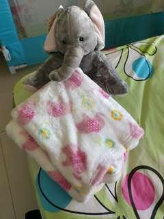 🚚 Baby Blanket + stuffed toy