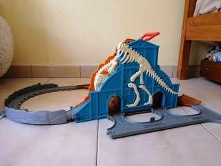 Thomas & Friends (Take n play) - Roaring Dino Run