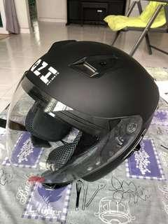 Ozi 72 - Motorcycle helmet with sun visor