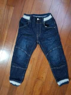 🚚 Boys denim jeans for 4 to 6 years