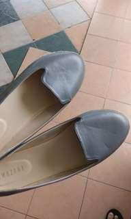 Amazara Alba Grey Loafers