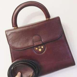 Gold Pfeil vintage bag ( not Gucci lv Celine ferragamo