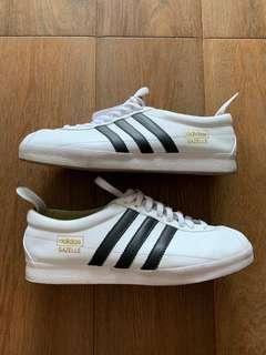 🚚 Adidas Original Gazelle US 11.5