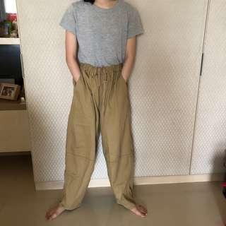NIKO And 可愛的卡其工作/畫家/落地/氣球褲 寬褲 M號