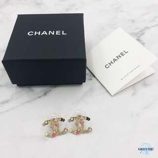 Chanel 雙C耳環