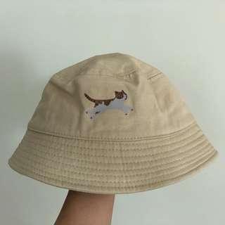 杏色貓漁夫帽