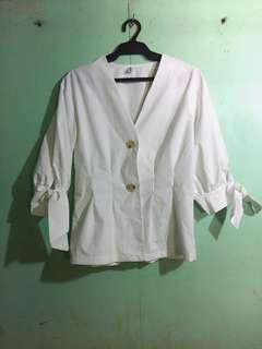 White Half-sleeve elegant top