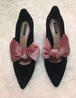 heels stradivarius