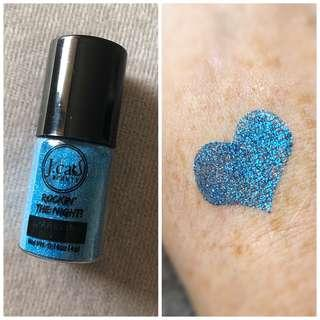 J.CAT BEAUTY GLITTER SPARKLING POWDER IN SAPPHIRE JUNGLE