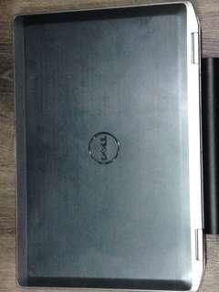 🚚 Dell Latitude E6420(check the description for more details)