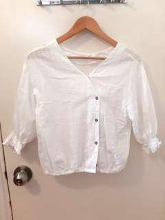 White bell sleeve top 木扣 清新 浪漫