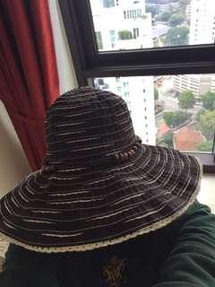 🚚 Sun hat