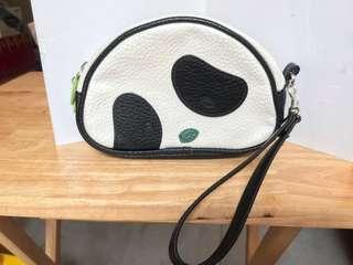 黑、白色熊貓化妝袋 (16cm長,4.5cm濶)