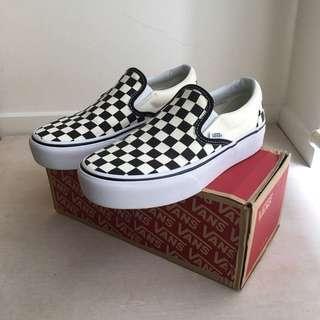 Vans classic platform slip on checkerboard