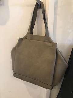 Decjuba shoulder bag