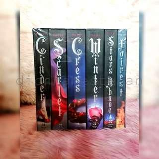 The Lunar Chronicles Box Set (bnew sealed)