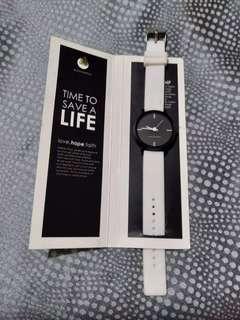 LIFE White Watch