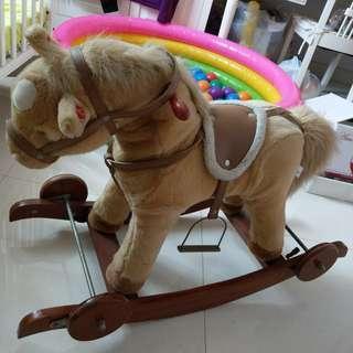 可愛小馬#horse # 搖搖馬#小馬#毛公仔