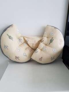 Used compact adjustable pregnancy pillow