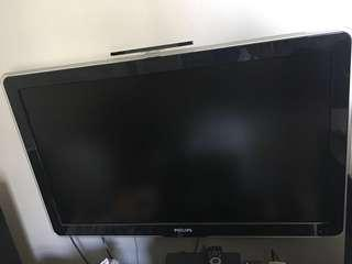 """🚚 42"""" Philips LCD TV with Ambilight"""