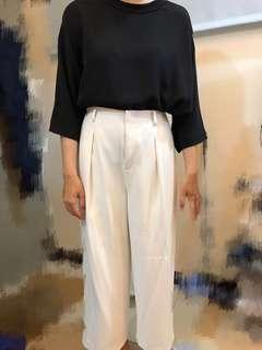 🚚 Uniqlo衣服褲子(整套,也可單買)