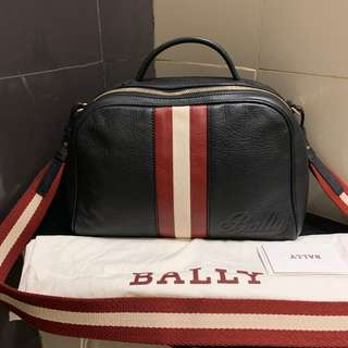 7731d17144e Preloved Authentic VGC bally leather sling with db and instruction booklet