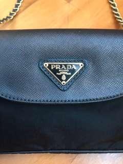Prada 側揹小手袋