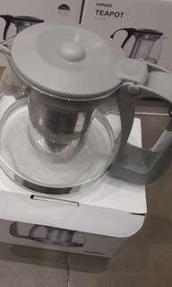 Miniso teapot lengkap dengan saringan