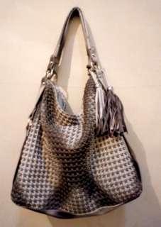 Buy 1 Get 1   Tas Botega Vinetta dapat sling bag C*hanel