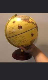 🚚 Vintage Globe for RENT