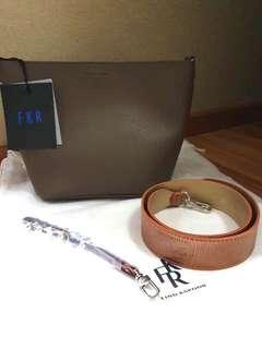New!!! Find Kapoor Pingo Bag New Choco