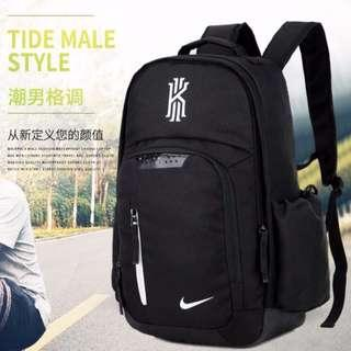 Nike sports and traveling bag. (Black-white)