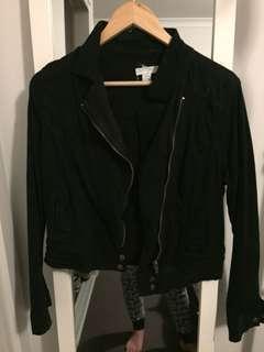 Black cotton on jacket