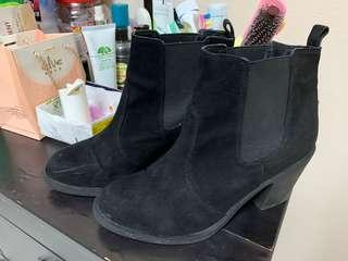 H&M casual black booties #SnapEndGame