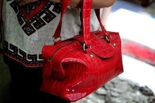 Tas merah / red bag