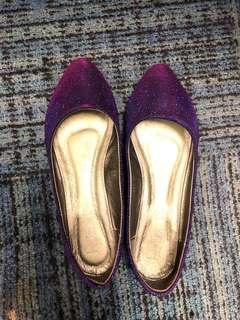 清屋!Zalora女鞋 紫色閃亮尖頭鞋 平底鞋37(有鞋盒)9成新
