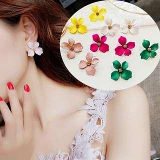 Rose Pendant Earring