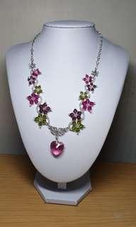 🚚 Swarovski crystal necklace tourmoline shades