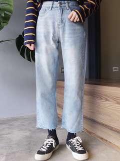 🚚 Truda Moda小直筒鬚邊牛仔褲