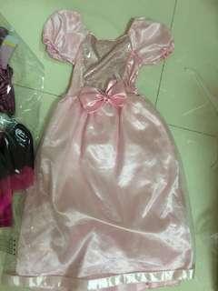 ELC princess dress BN 3-6 y for twins