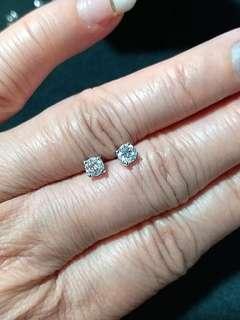 18K 白金圓鑽耳環