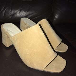beige nude low heel mules