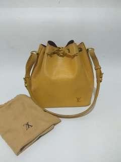 Preloved Authentic Louis Vuitton Petit Noe Epi Leather
