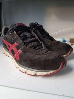 4ef028f3900 *Pre-Loved* 100% Authentic Onitsuka Tiger Men's Asics DL317 Harandia Suede  BLACK