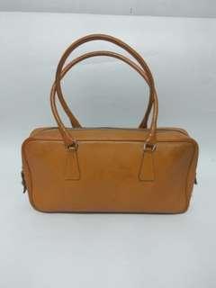 Preloved Authentic Prada Leather hand/ shoulderbag