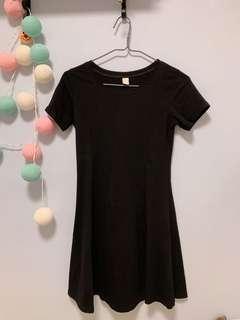 黑色修腰連身裙