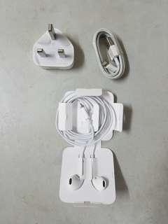 Apple original Earpods,charger,cable ,new