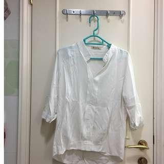 文青 白色布質上衣