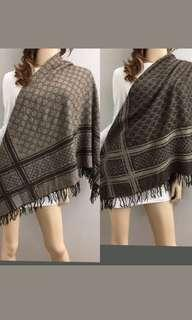 Bnwt Authentic GG Classic Reversible Scarf Shawl