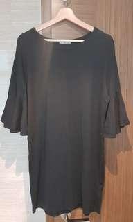 #Endgameyourexcess Zara black ruffles dress